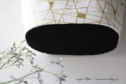円形底のカーブをミシンで綺麗に仕上げる方法♪(縫い方のポイントレッスン)_f0023333_22312483.jpg