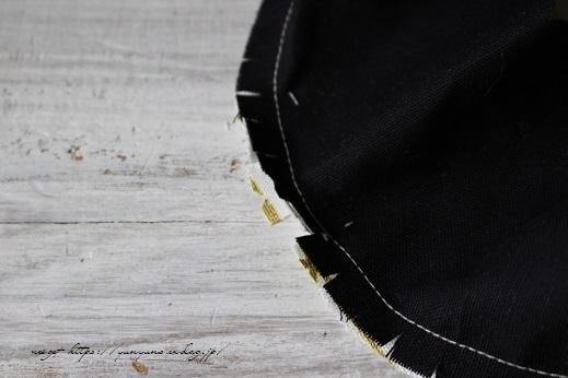 円形底のカーブをミシンで綺麗に仕上げる方法♪(縫い方のポイントレッスン)_f0023333_22313497.jpg