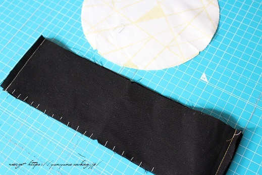 円形底のカーブをミシンで綺麗に仕上げる方法♪(縫い方のポイントレッスン)_f0023333_22313581.jpg