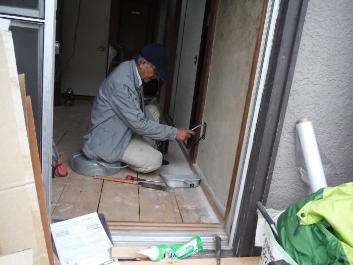 室内リフォーム ~ 階段の手摺と和室工事_d0165368_05124975.jpg