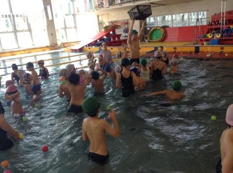 夏短期教室2期 水中祭り!!_b0286596_18074499.jpg