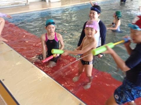 夏短期教室2期 水中祭り!!_b0286596_18080121.jpg