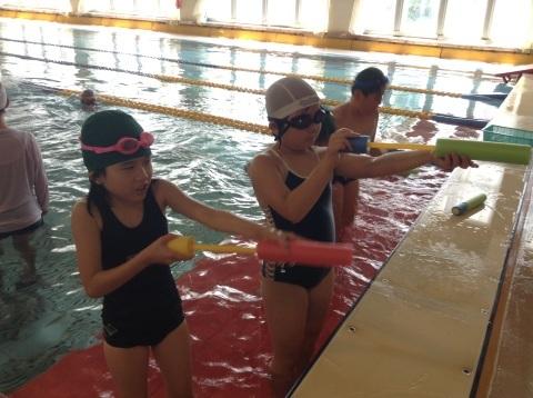 夏短期教室2期 水中祭り!!_b0286596_18083157.jpg