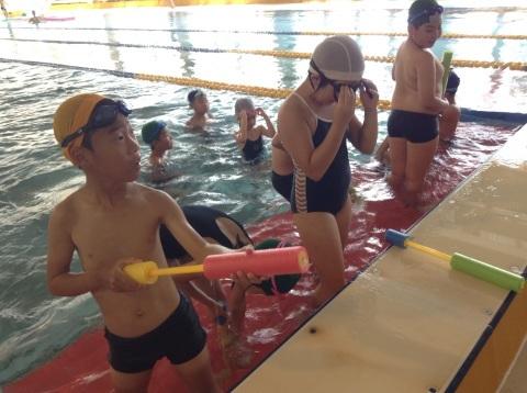 夏短期教室2期 水中祭り!!_b0286596_18090355.jpg