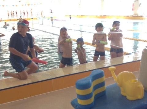 夏短期教室2期 水中祭り!!_b0286596_18093262.jpg