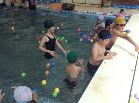 夏短期教室2期 水中祭り!!_b0286596_18104537.jpg