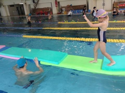夏短期教室2期 水中祭り!!_b0286596_18120232.jpg