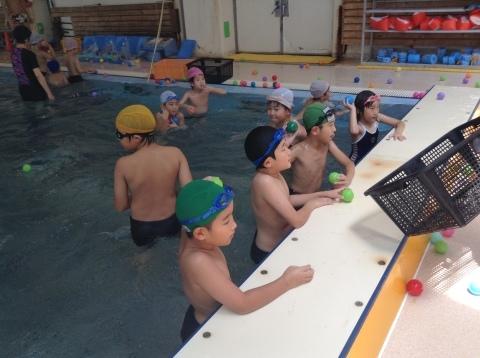夏短期教室2期 水中祭り!!_b0286596_18145459.jpg