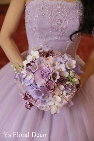 ラベンダー色のドレスに合わせるラウンドブーケ_b0113510_11394249.jpg