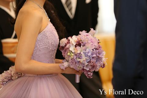 ラベンダー色のドレスに合わせるラウンドブーケ_b0113510_11402361.jpg