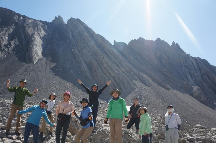 地球を感じる山旅「ターミガンサーク」_d0112928_10075993.jpg