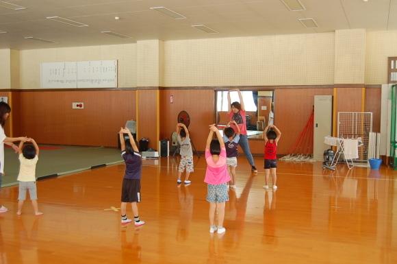 キッズダンス教室始まりました!_d0010630_11065485.jpg