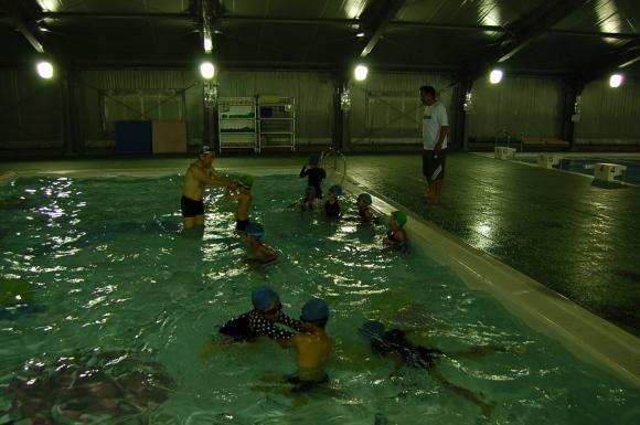 1.2年生水泳教室!_d0010630_11273205.jpg