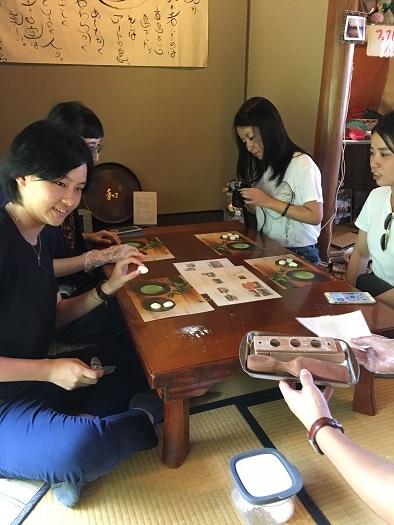 菓子木型で和三盆干菓子作り体験 in 直島_c0227958_20304099.jpg