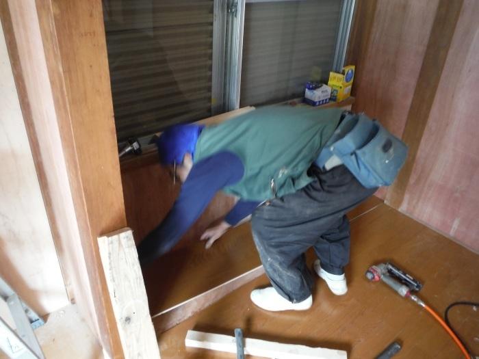 室内リフォーム ~ 和室の床とクロス工事_d0165368_09014184.jpg