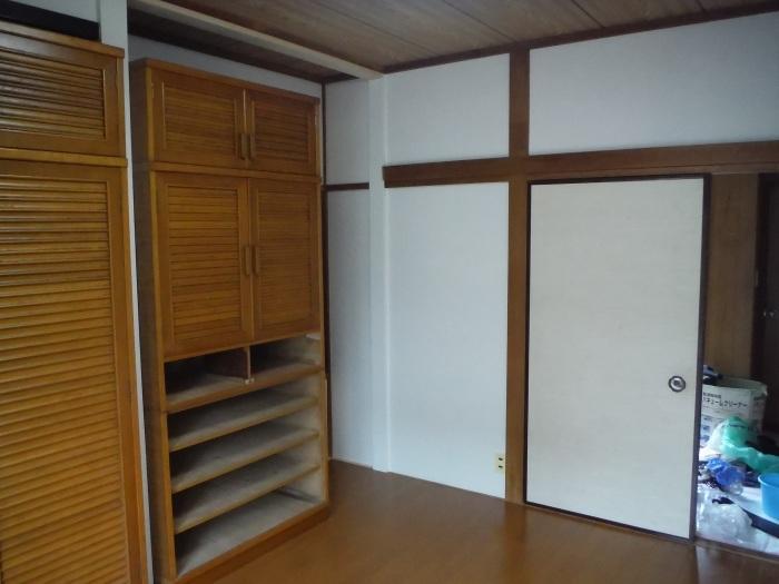 室内リフォーム ~ 和室の床とクロス工事_d0165368_09025174.jpg