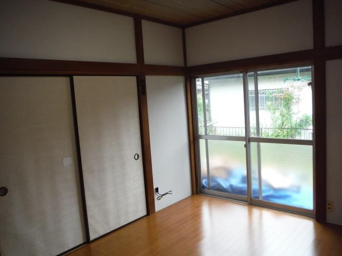 室内リフォーム ~ 和室の床とクロス工事_d0165368_09031044.jpg