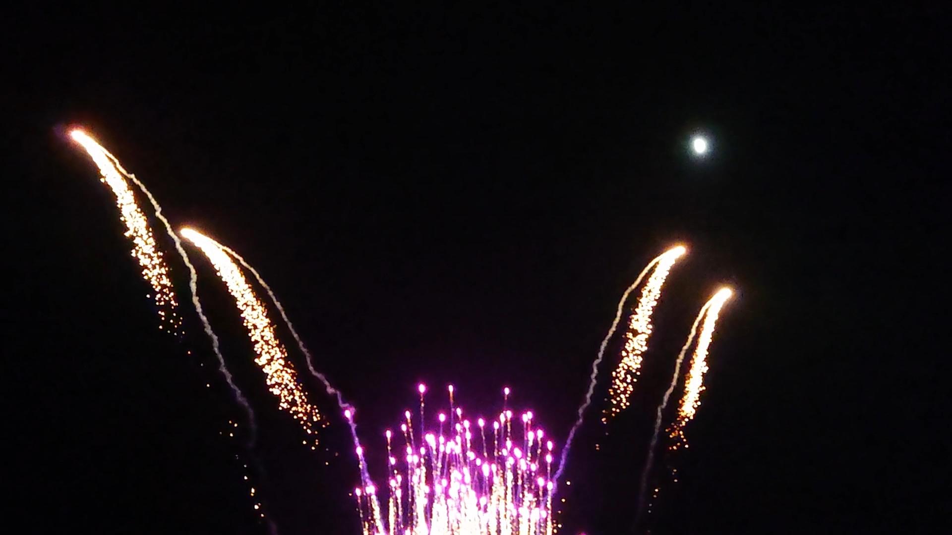 夜空に輝く光***_e0290872_23192512.jpg