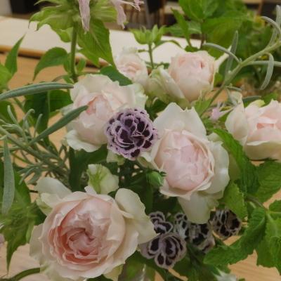オークリーフ(絵画教室の花2)_f0049672_16364468.jpg