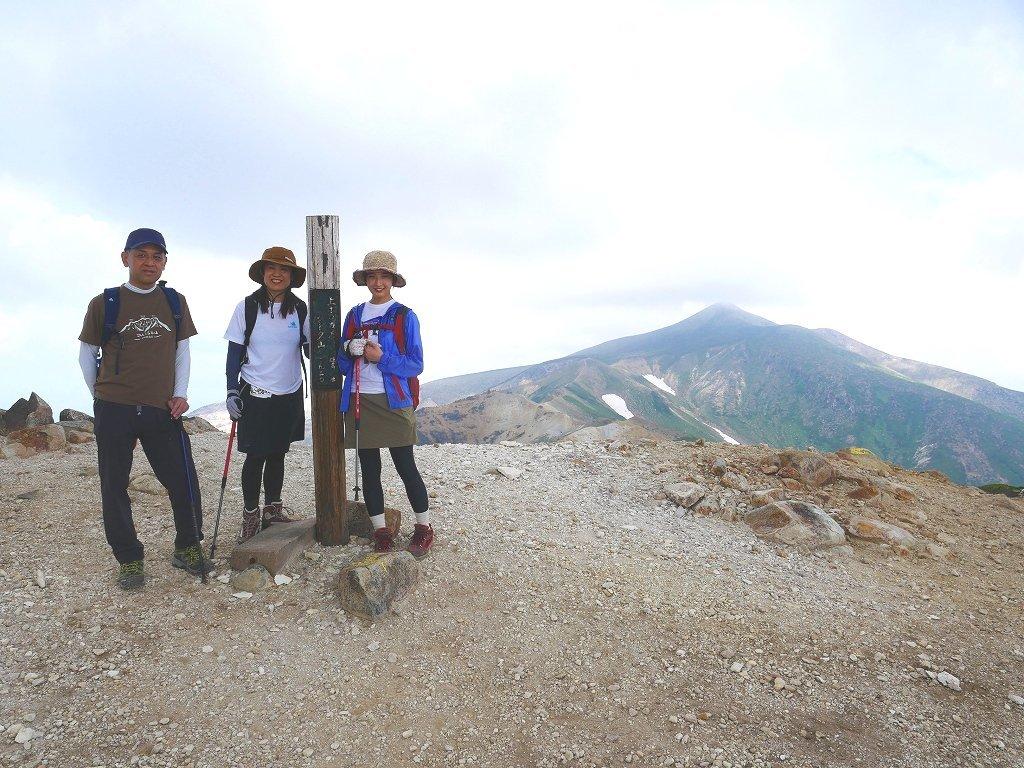 上富良野岳から十勝岳ピストン、2019.8.7ーその2ー_f0138096_10082167.jpg