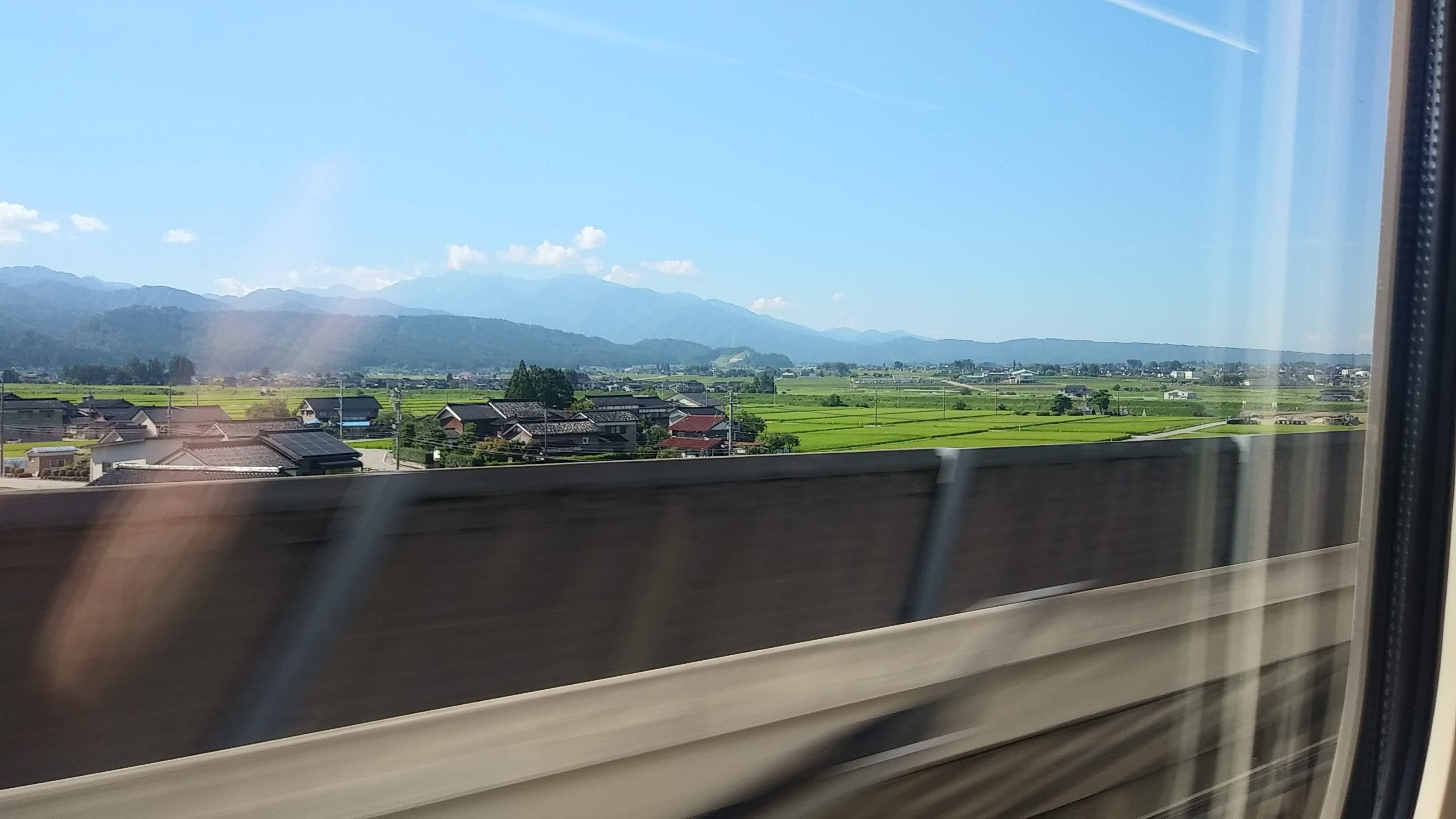富山で黒部峡谷鉄道とパラグライダー体験_f0153703_18385737.jpg