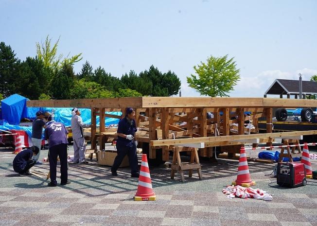 19年夏日本旅行(6日目:青森ねぶた見学)_e0362907_18071521.jpg