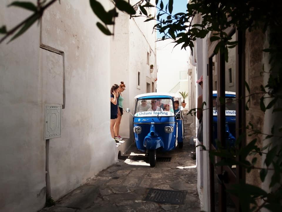 今月も、白い街オストゥー二を散歩_b0305039_17535498.jpg