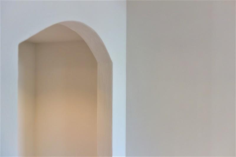 洞の飾り棚_e0156341_18142909.jpg