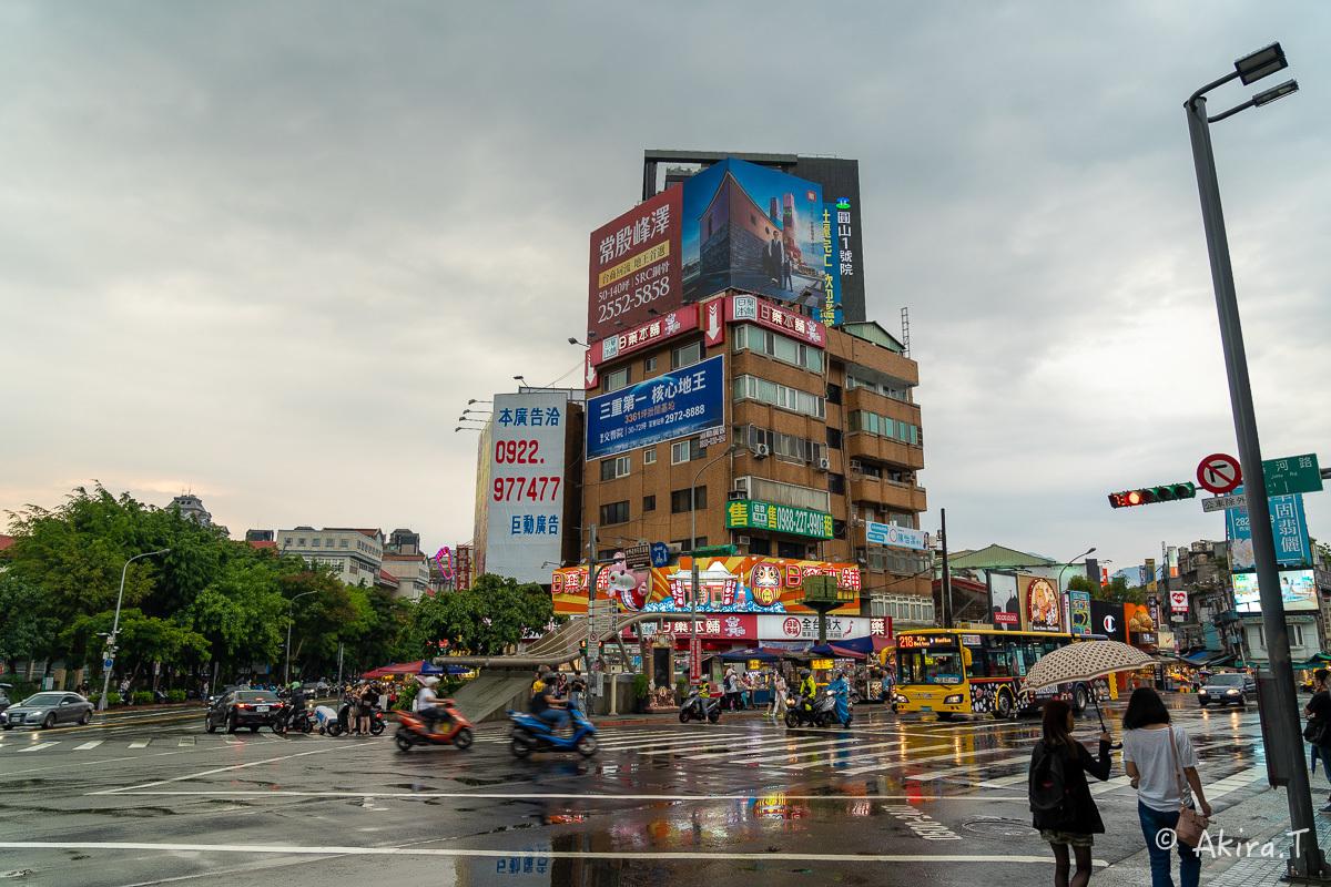 台湾 -4- 〜士林夜市 1〜_f0152550_17461741.jpg