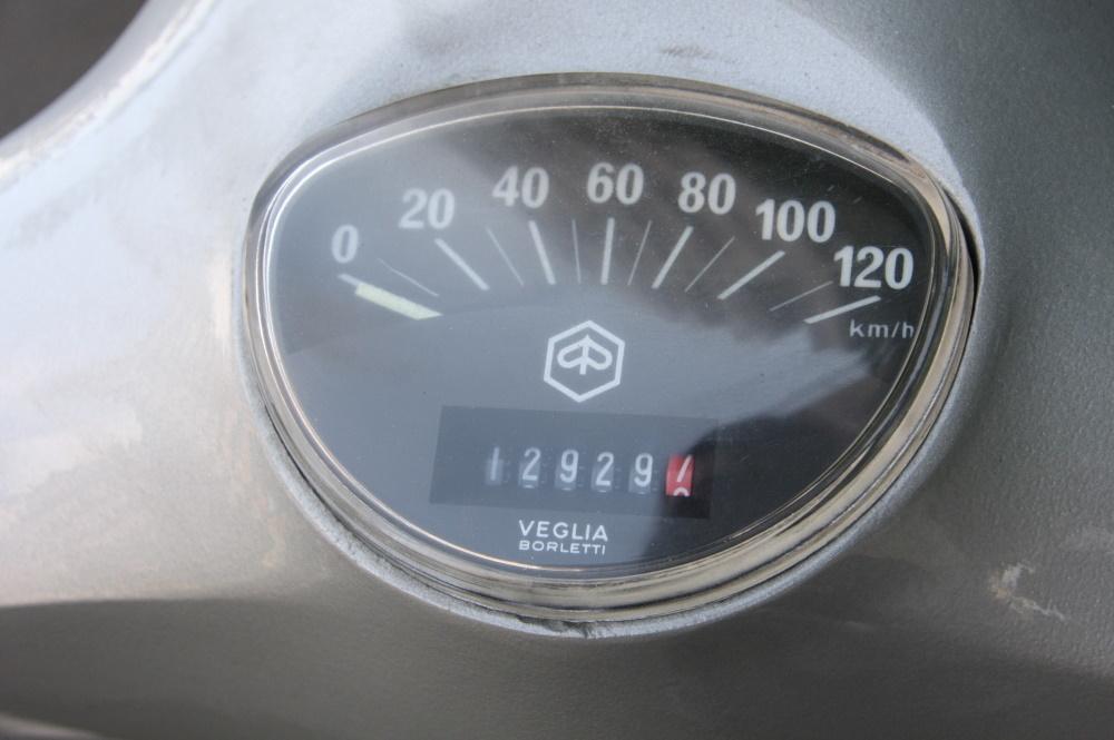ベスパ125ET3@販売車両ご紹介です♪_b0117797_17555722.jpg