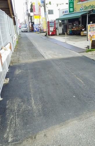 道路の舗装_a0162505_12462635.jpg