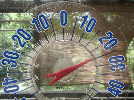 最低気温と最高気温_f0064906_16060417.jpg
