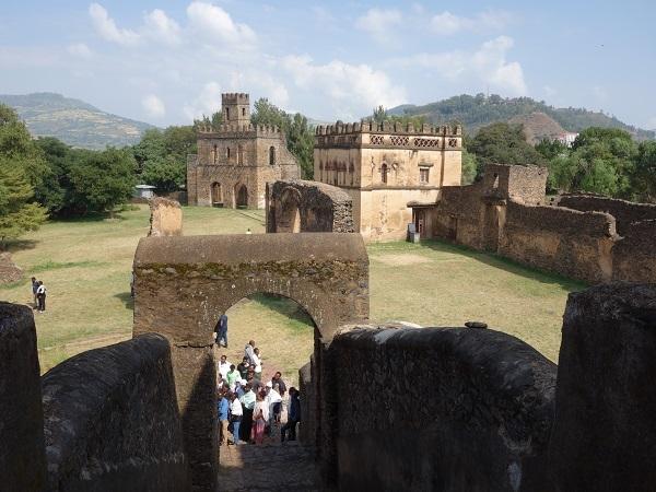 ファジル・ゲビ、ゴンダール城を訪問してみました_d0360509_15571843.jpg