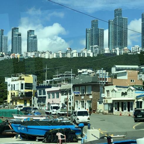 19年8月釜山 その4☆シティツアーバスで海辺に建つお寺へお参り_d0285416_17150880.jpg