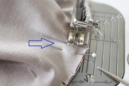 側面のカーブをミシンで綺麗に縫い仕上げる方法(縫い方のポイントレッスン)_f0023333_23130270.jpg