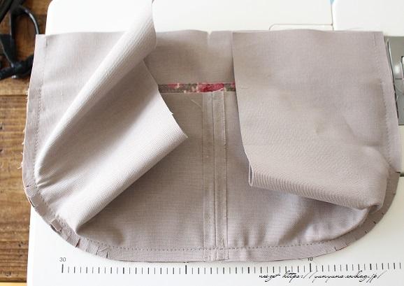 側面のカーブをミシンで綺麗に縫い仕上げる方法(縫い方のポイントレッスン)_f0023333_23342283.jpg