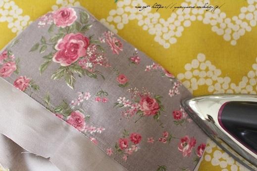 側面のカーブをミシンで綺麗に縫い仕上げる方法(縫い方のポイントレッスン)_f0023333_23424303.jpg