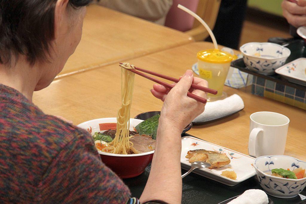 白梅福祉会さんにて第25回麺友会ボランティア_e0220163_15323147.jpg