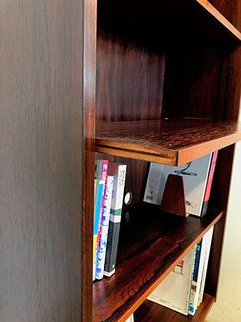 Bookshelf_c0139773_17182650.jpg