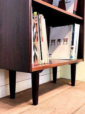 Bookshelf_c0139773_17183889.jpg
