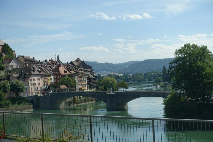 ライン川を挟んでドイツとスイス、、、ラウフェンブルグ_c0211876_05185898.jpg