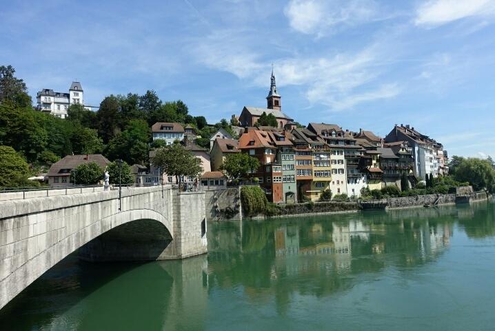 ライン川を挟んでドイツとスイス、、、ラウフェンブルグ_c0211876_05192173.jpg