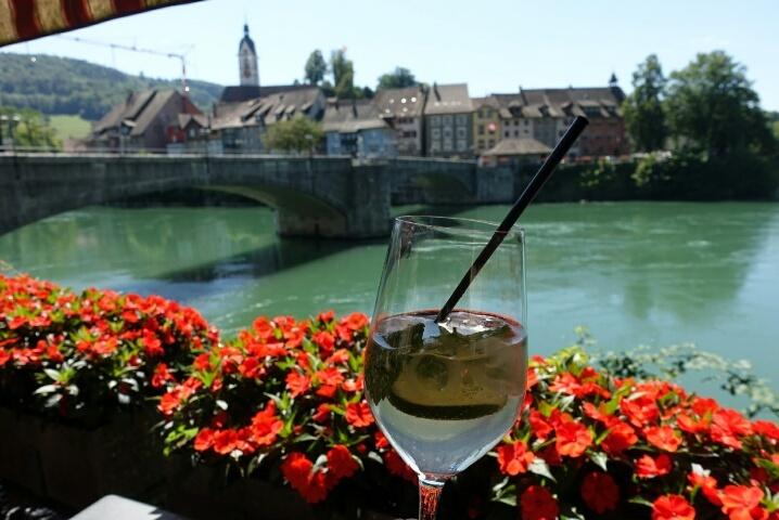 ライン川を挟んでドイツとスイス、、、ラウフェンブルグ_c0211876_05233116.jpg