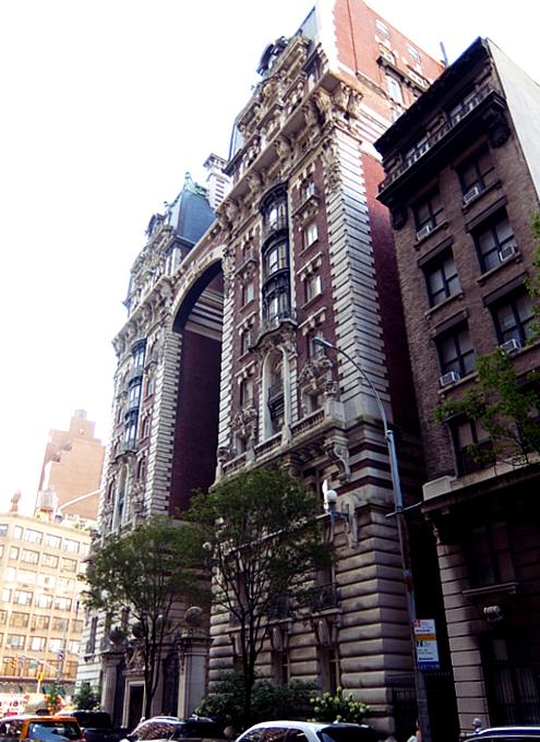 NY屈指の美建築、ボザール様式の高級住宅コープ、ザ・ドリルトン (The Dorilton、1902年竣工)_b0007805_01492754.jpg