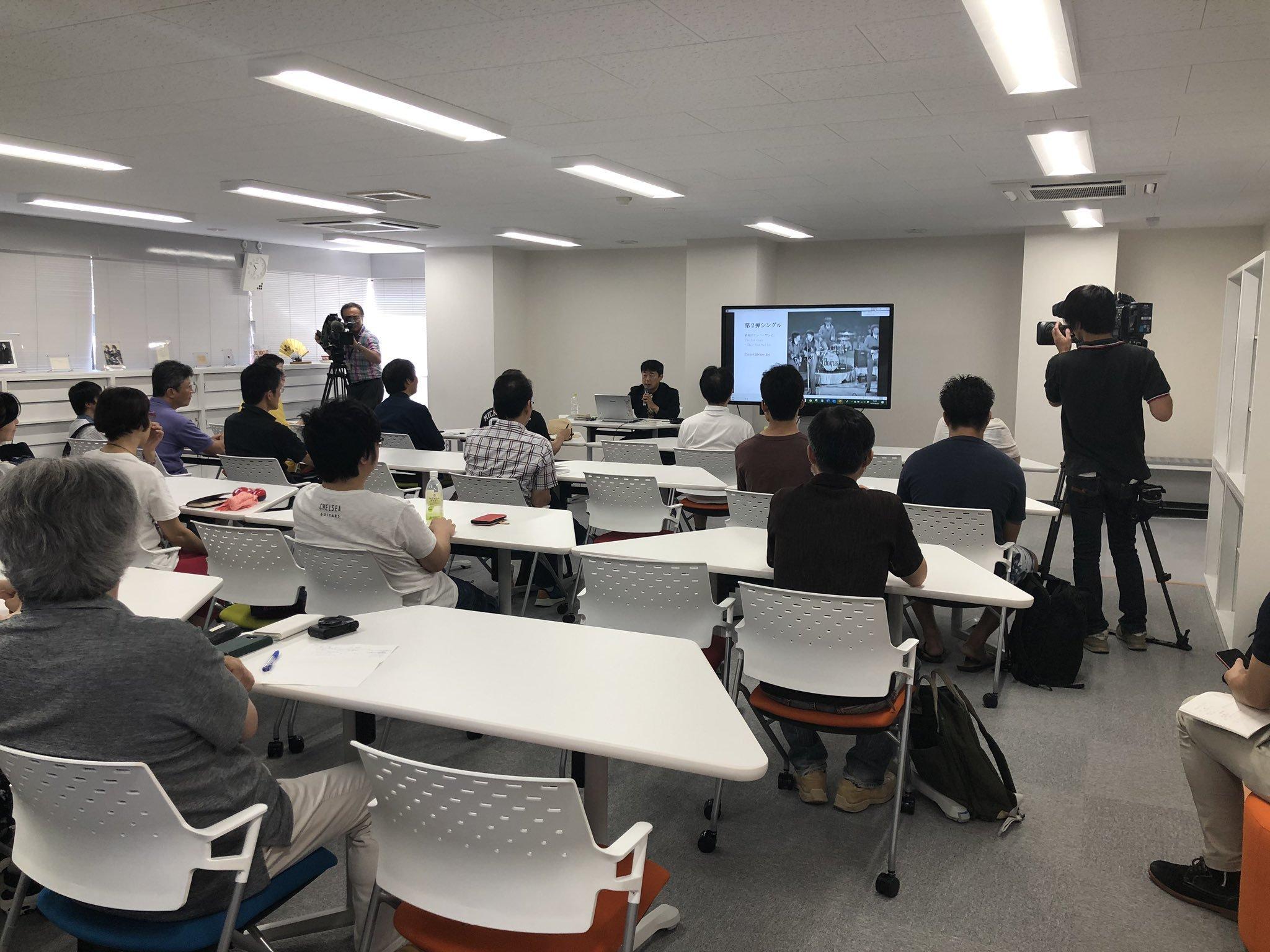 """金沢大学でのビートルズ大学 快調な滑り出し  \""""Beatles University\"""" at Kanazawa university gets off to good start_c0172714_13541283.jpg"""