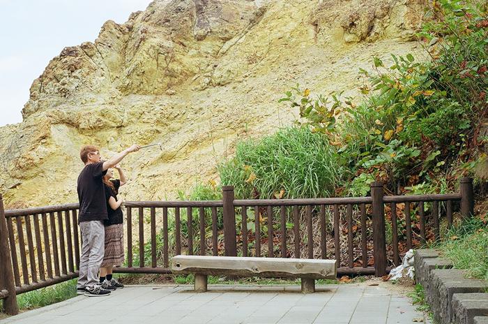 積丹岬の観光客_c0182775_17481192.jpg
