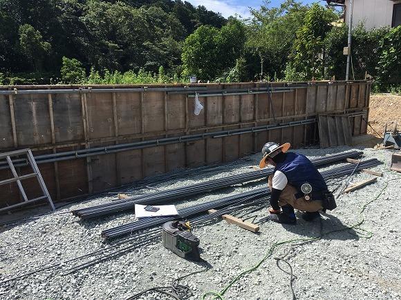 富塚 新川沿いの自然を望む天然素材の家 ★基礎工事_d0205883_16324248.jpg