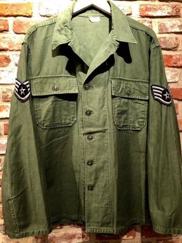 "1963 "" U.S AIR FORCE \"" 100% cotton SATEEN - OG 107 FATIGUE SHIRTS - 1st MODEL(後期) - ._d0172088_16275091.jpg"