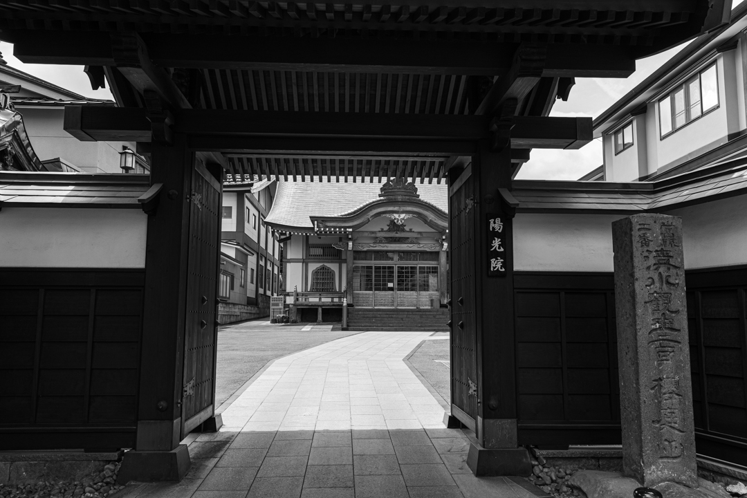 禅林街(泉光院~梅林寺まで、モノクロ)_a0158797_23270097.jpg