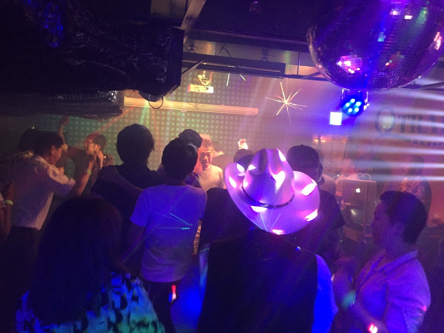 DISCO PARTY in SUMMER @QTRAIN レポ_e0115904_02183570.jpg